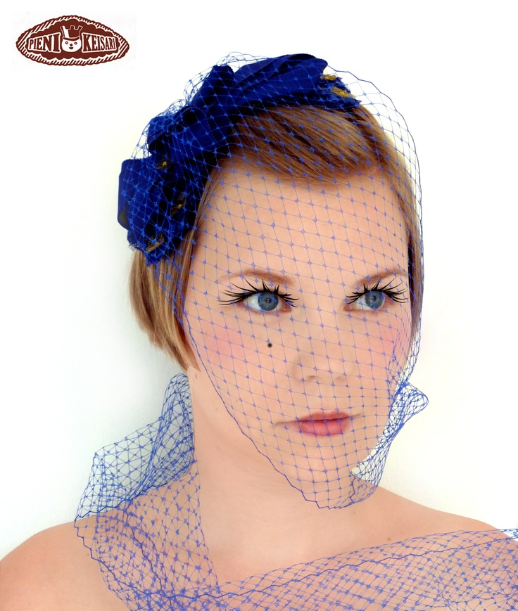Cocktail headpiece 'Starry Night'   http://www.facebook.com/pages/pieni-keisari/79394388494