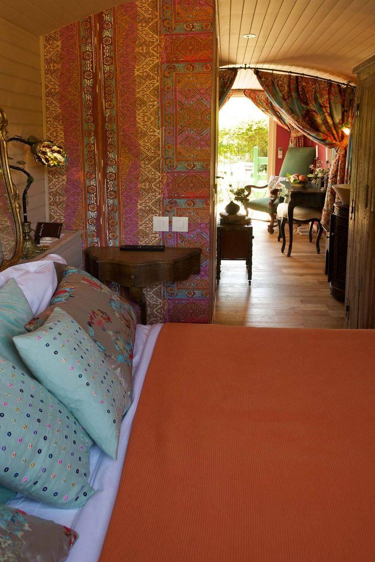 La Roulotte - La Bastide de Marie : propriété de luxe et charme avec services hôteliers en Luberon