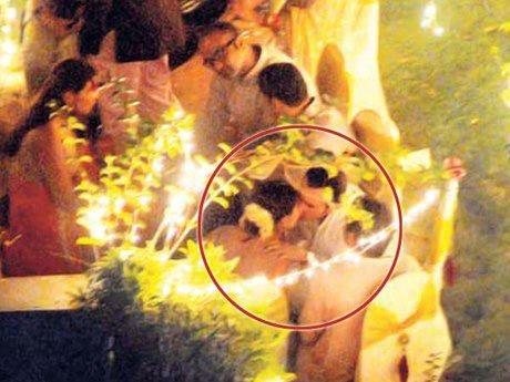 Aww sharing a kiss... Saif Ali Khan & Kareena Kapoor's wedding sangeet