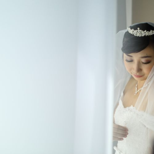 Foto rias rambut & makeup pernikahan oleh Charloitte Sunny