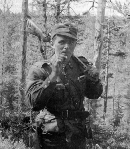 Olavi Alakulppi was a Finnish cross country skier who competed in the 1930s. During the Russo-Finnish Continuation War, he served in the Finnish army and was awarded the Mannerheim Cross. After the Second World War, he made a career in the United States Army.     In 1945, in order to evade prosecution for his involvement in the Weapons Cache Case, he skied to Sweden and arranged for his wife Eevi, their son Vesa, and him to travel to the United States where he soon joined the United States…