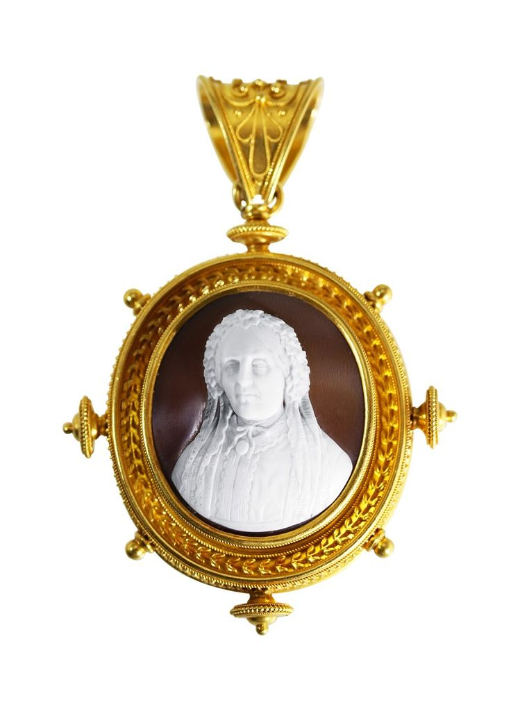Archeological Revival Gold and Shell Cameo Pendant-Brooch, circa 1880