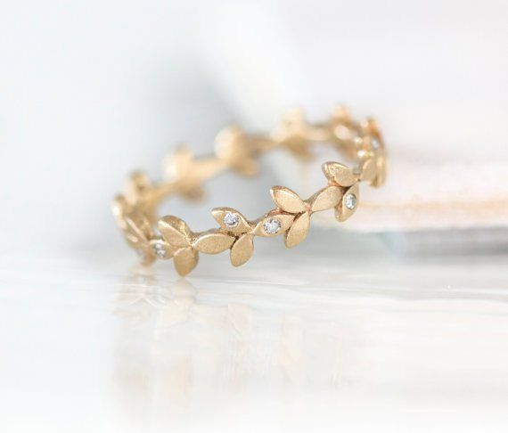 vine wedding band with diamonds | http://emmalinebride.com/jewelry/handmade-wedding-bands/