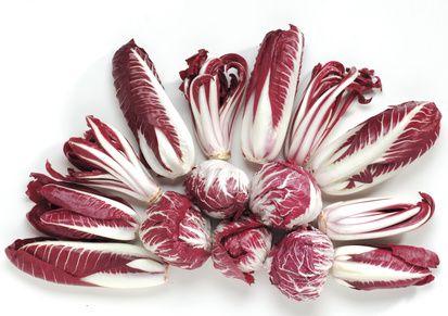 Cikória Cikória – érdemes megismerkedni ezzel a zöldségfélével, színesíthető a gluténmentes étrend és változatosabbá tehető az étlap.