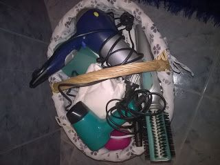 Ideias e Maneiras: Cesto de Picnic. Picnic basket used on bathroom