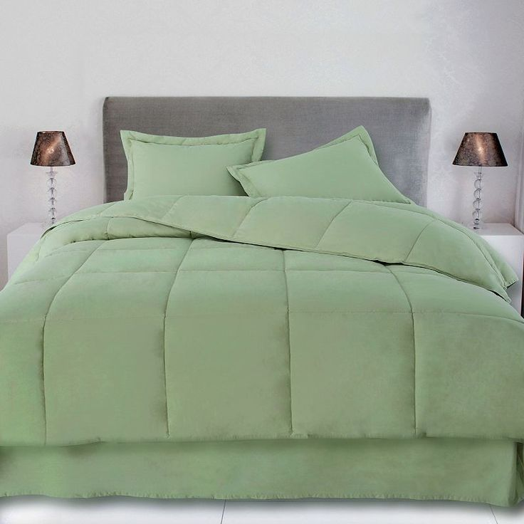 Cotton Loft Solid Comforter, Green