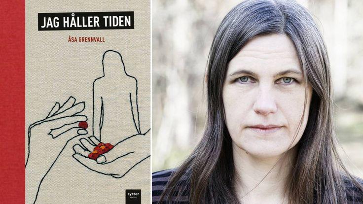 Unkna relationsmönster återkommer i Åsa Grennvalls böcker. Ida Säll har läst en perfekt självhjälpsroman i serieform.