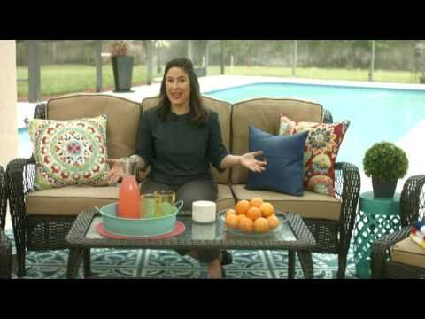 Interview: NBC Today Show's Contributing Editor, @elizabethmayhew shares some easy tips and tricks to help you throw the perfect outdoor summer party! [sponsored] @biglots   #partyideas #party #outdoorparty #decor #entertaining #ElizabethMayhew #partytips #tips #hacks