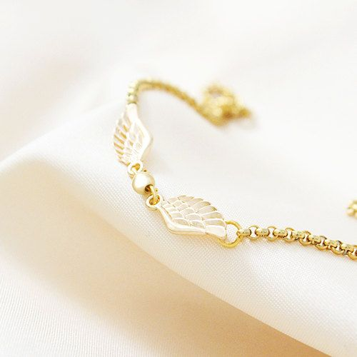 How cute are those Hedwig earrings?