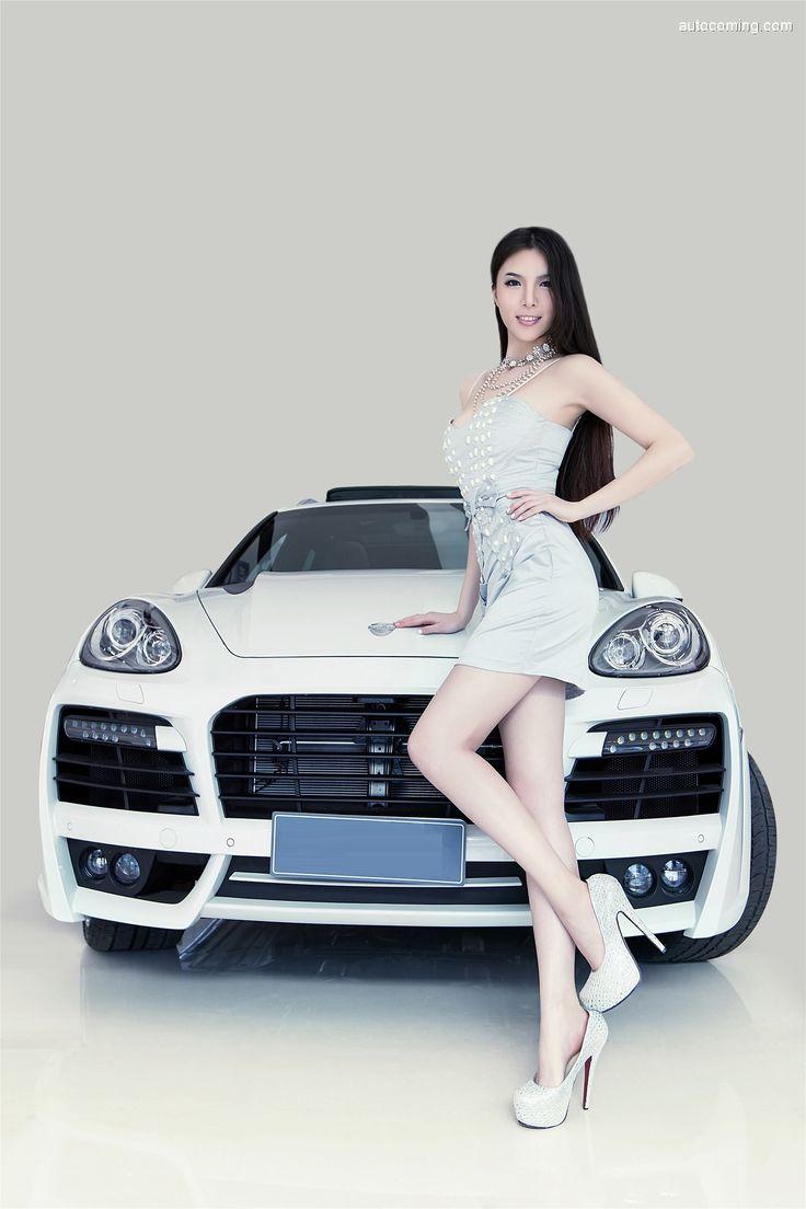 Porsche Cayenne Platinum Edition SUV 3.0L AT (2014)