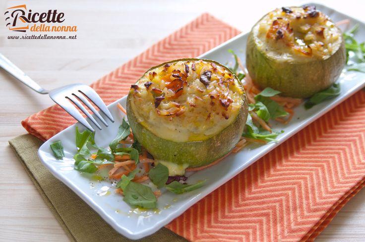 Zucchine ripiene con riso e carote - Zucchini with carrots and rice