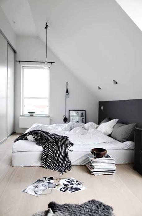 Die besten 25+ Begehbarer kleiderschrank unterm bett Ideen auf - schlafzimmer ideen mit schrgen