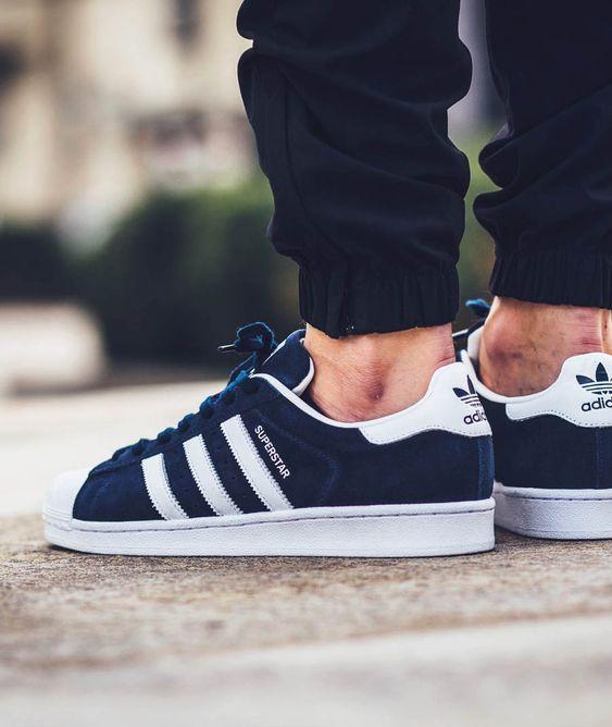 super populaire 4baac d0f75 Vente en ligne Adidas Superstar Homme Blanche, Bleu Foncé ...
