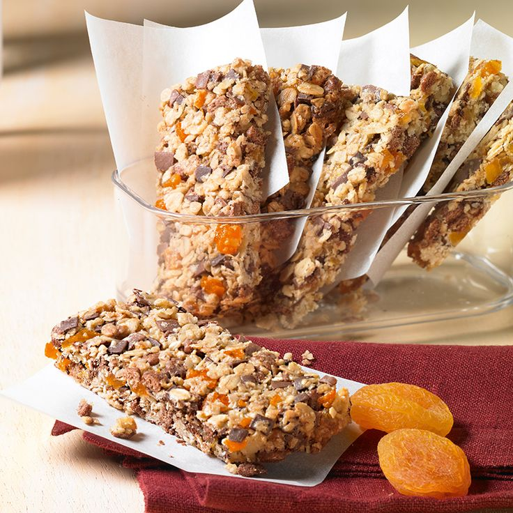 Vitalis-Riegel mit Aprikosen - Müsli-Riegel mit getrockneten Aprikosen für das Picknick