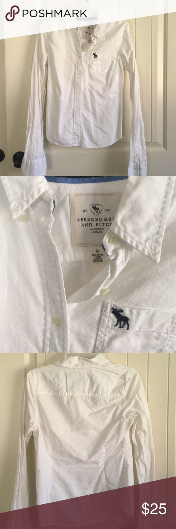 Abercrombie and Fitch white button up So pretty under sweaters or layered with scarf Abercrombie & Fitch Tops Button Down Shirts