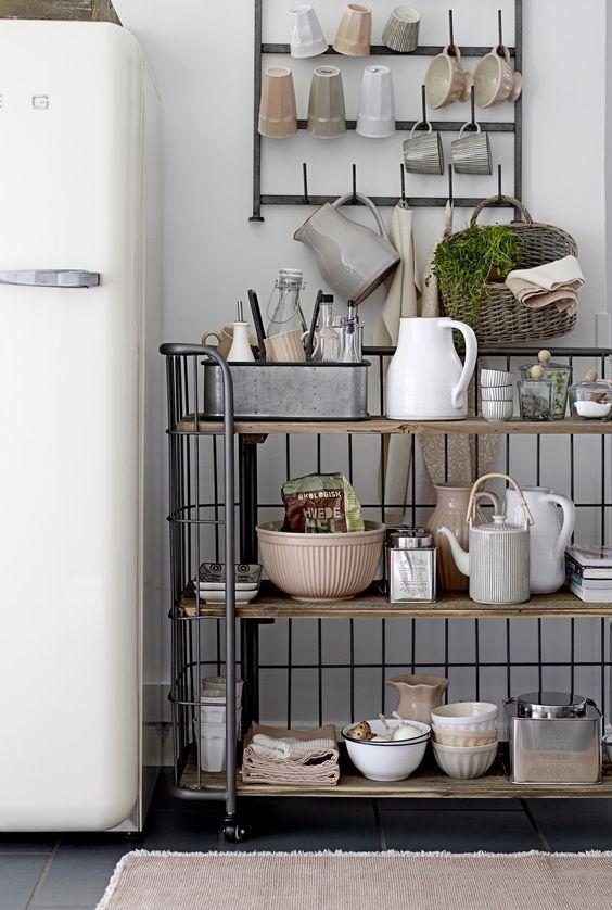 Les Meilleures Images Du Tableau Cuisine Kitchen Sur - Petit meuble a roulettes pour idees de deco de cuisine