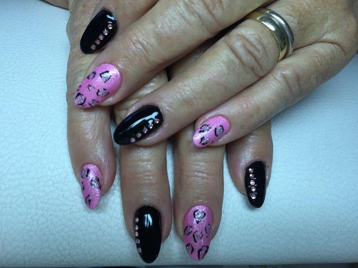 schwarz rosa leopard swarovskisteinchen n gel nails wimpernextensions pinterest leoparden. Black Bedroom Furniture Sets. Home Design Ideas