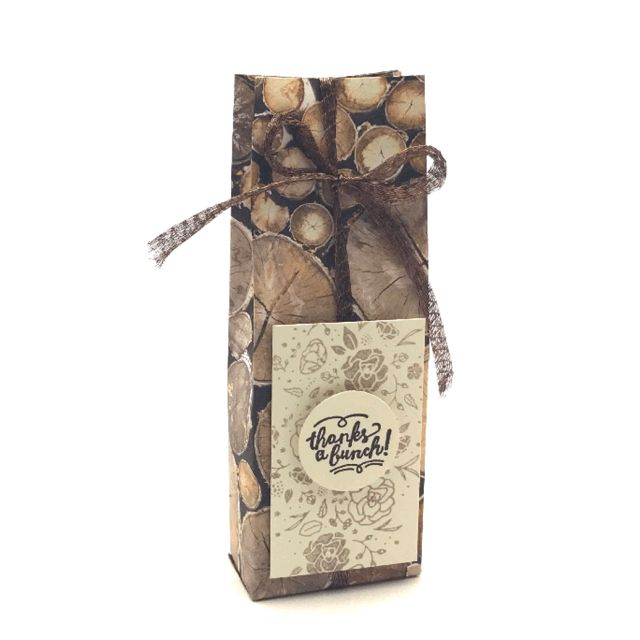 Stampin' Up! Demonstrator Pootles - Pootlers' Team Retreat Wood Textures Treat Bag.   Click through for more details and VIDEO tutorial!