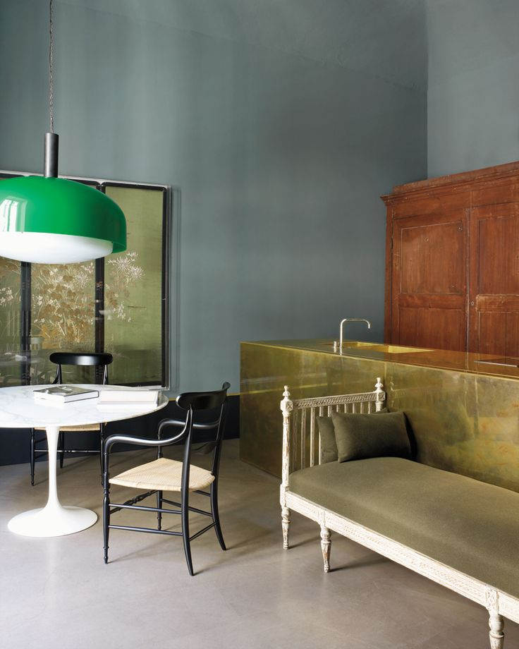 What an interesting room.  The Dimore Studio designers Britt Moran and Emiliano Salci's Milanese home