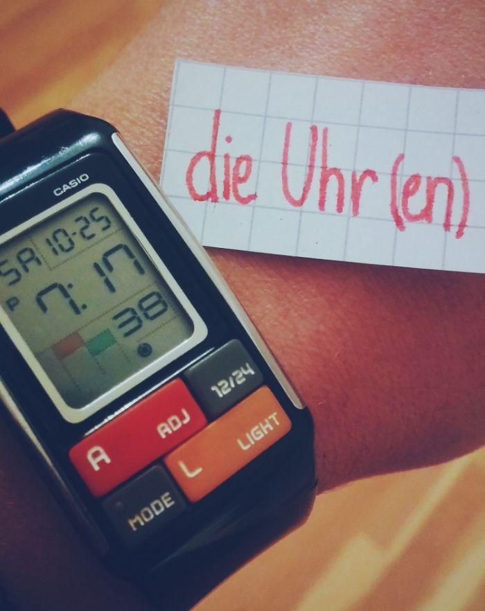 die Uhr - clock/watch