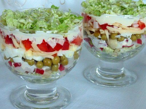 Sałatka warstwowa | Kuchnia Starowiejskiej Gospodyni