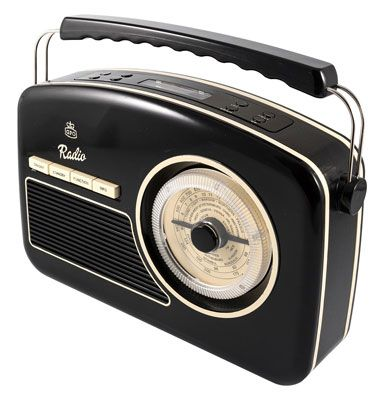 Rydell 1950s-style portable DAB radio by GPO Retro