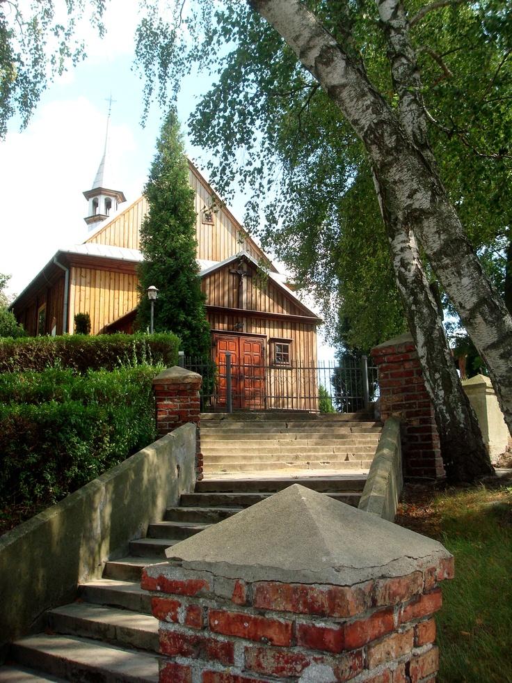 Naruszewo - kościół p.w. Przenajświętrzej Trójcy