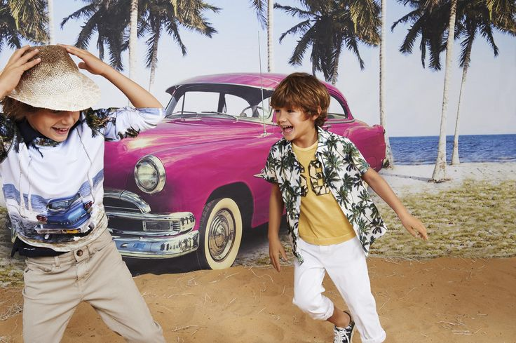 Don't forget to play! #HitchHiker #Monnalisa #Summer #Palm #Cadillac #Boy #Childrenswear #Beach