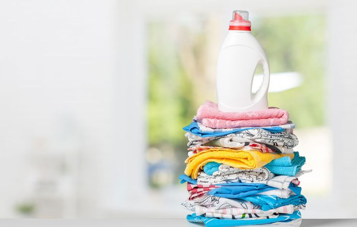 Simple homemade laundry powder detergent http://www.rodalesorganiclife.com/home/how-to-make-your-own-natural-laundry-detergent/slide/1