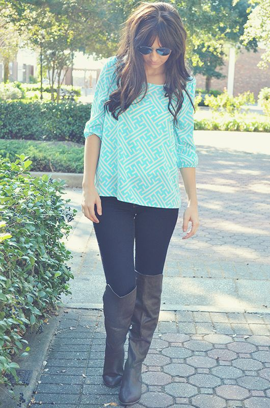 Blue Skies Ahead Blouse: Blue/White