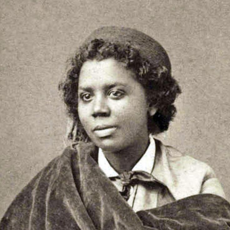 The first professional African-American and Native-American sculptor,  Edmonia Lewis earned critical praise for work that explored religious  and classical themes.