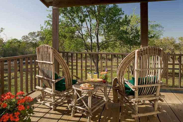 Texas hill country vacation rental texas cabin rental for Texas hill country cabin rentals