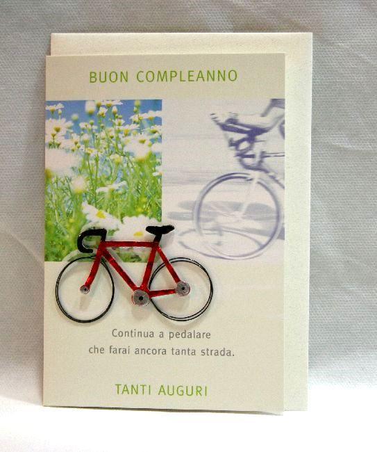 """Biglietto auguri Buon Compleanno """"Continua a pedalare che farai ancora tanta strada. tanti auguri"""" Bicicletta a rilievo. Cm.11,5x16,7 completo di busta. Disponibile da C&C Creations Store"""