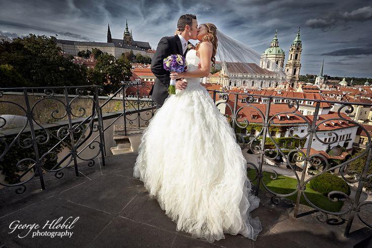 Wedding photography in Prague - Vrtba garden
