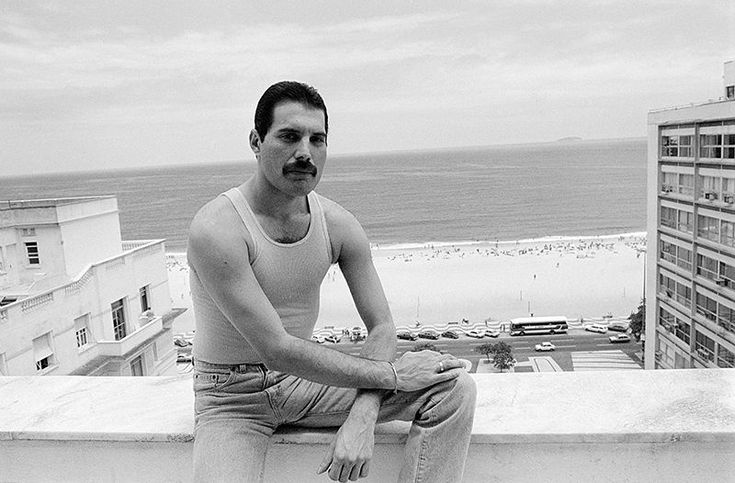Legendary Queen frontman Freddie Mercury, one of the greatest and most charismatic rock performers of all time, died 25 years ago, on Nov. 24, 1991. The official cause of death was bronchial pneumonia resulting from AIDS. Mercury would have turned 70 years old this year. As tribute, Yahoo Music has obtained these photos and an exclusive excerpt from Somebody to Love: The Life, Death and Legacy of Freddie Mercury by Matt Richards