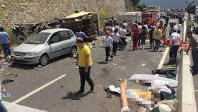 At least 20 people were killed and 13 injured in a tour bus accident on the Mugla-Antalya highway in the southwest of Turkey on Saturday, reported local media outlet Hurriyet citing the governor of Mugla province.