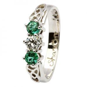 Beautiful Irish wedding ring http://bobbysmith1.bandcamp.com/track/if-you-love-me-happy-mothers-day