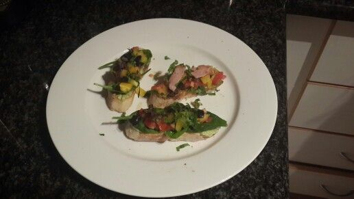 Brochettes. *Spinach,  avo, tomato, yellow pepper black olives.  * Spinach, pesto, tomato,  bacon, yellow pepper.