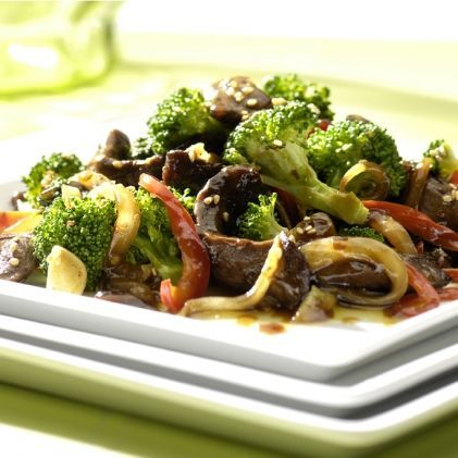 Sesame beef with broccoli in Acti-fry