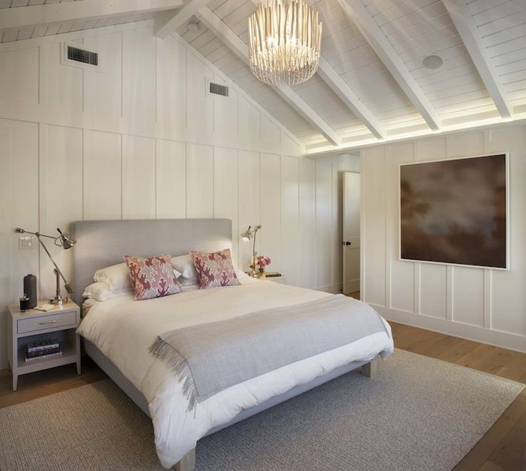 17 Best ideas about Vaulted Ceiling Bedroom – Cathedral Ceiling Bedroom