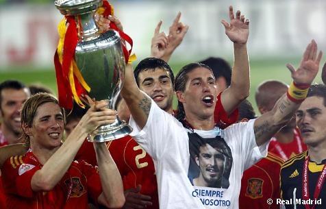 Sergio Ramos homenajea a su amigo y compañero Antonio Puerta con quien compartió en la cantera y sus primeros años en el Sevilla