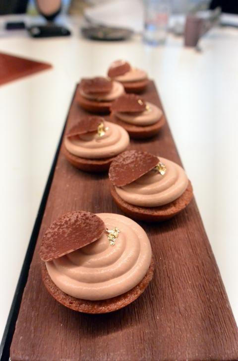 Mini cakes caramel fondants