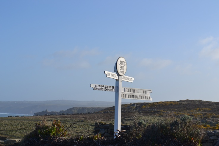 the iconic signpost on the tip of Lands End