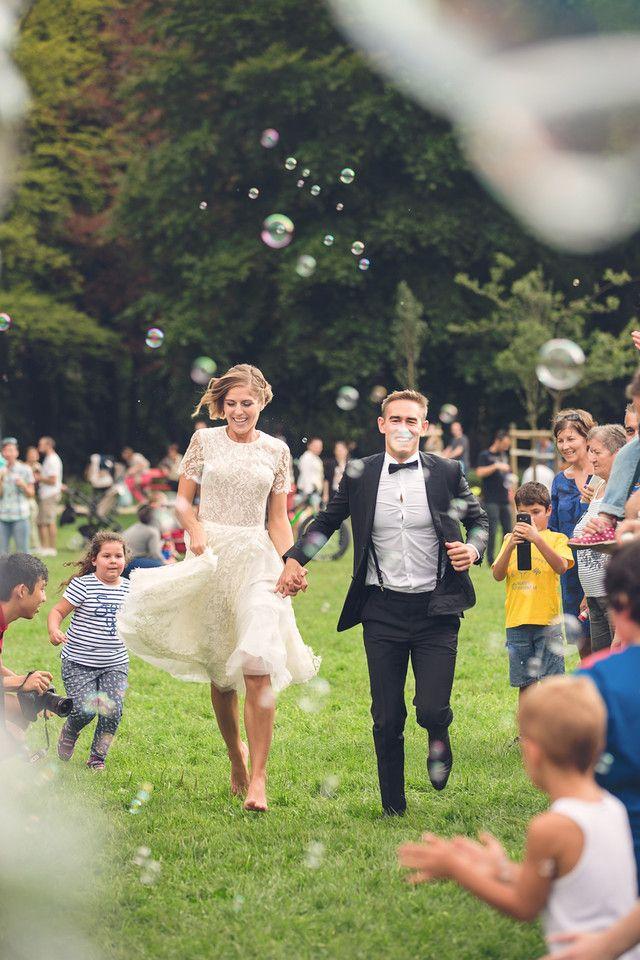 Creatiwe wedding photos by Timea Jaksa