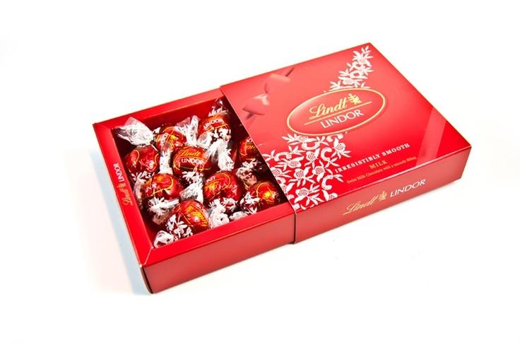 Lindt 'in çikolata ustalarından, dünyanın en iyi çikolatasının tutku ile birleşmiş hali. Birbirinden özel LINDT lezzetleri... çikolata sepeti, çikolatasepeti, chocolate, özel çikolata,ganaj,turuf, karamel, krokant, krenç, nuga,