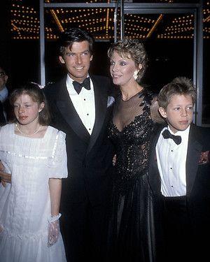 Pierce Brosnan, Cassandra Harris, daughter Charlotte and son Sean