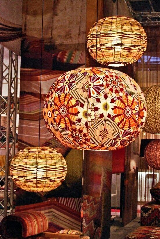 me gustan los  colores de las lamparas