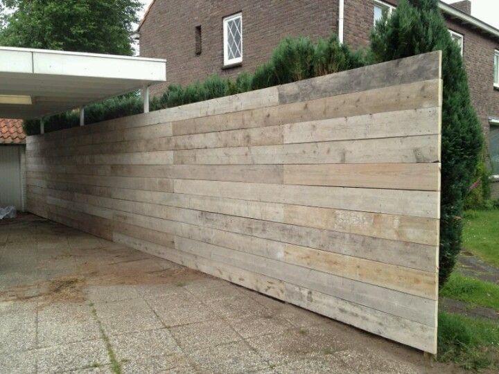 Schutting van steigerhout laat m k maken bij for Schutting tuin