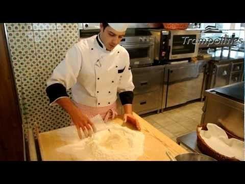 ▶ Ricetta piadina - Come preparare la Piadina Romagnola - YouTube