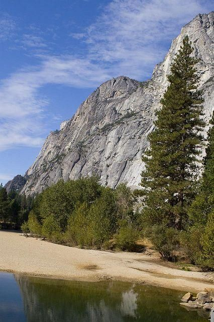 Yosemite / jchongstudio, via Flickr